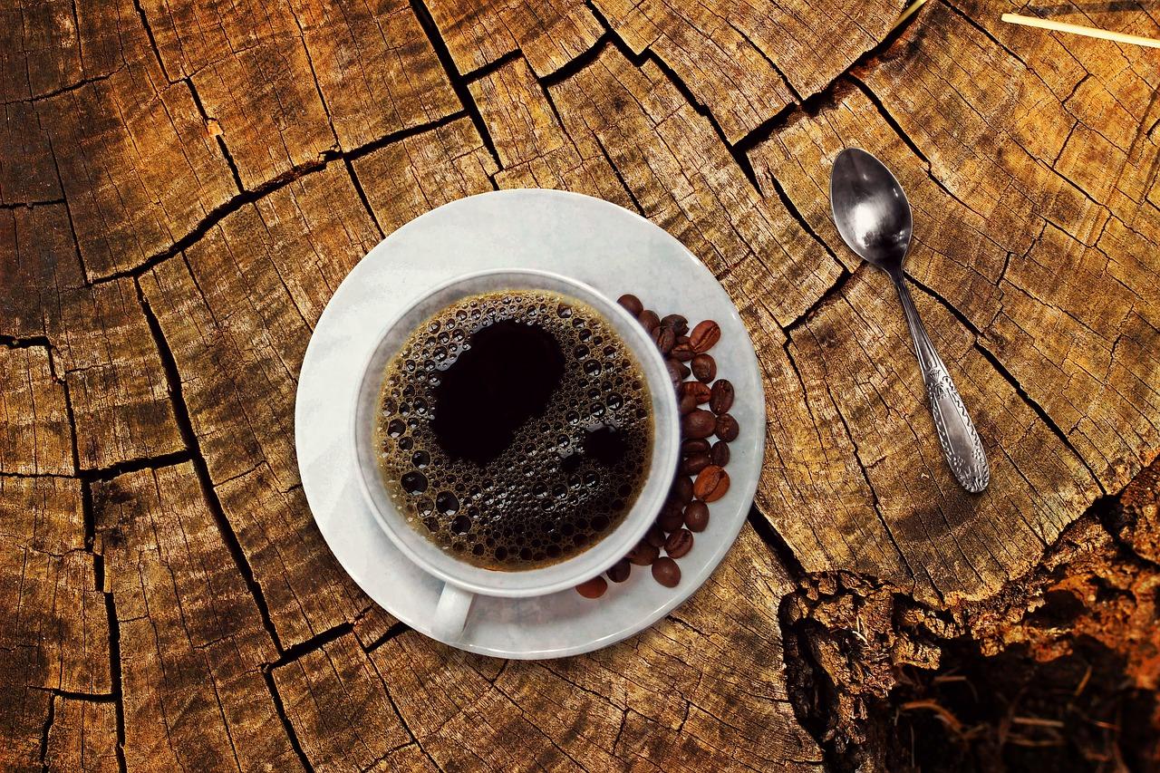 Das Tässchen Kaffee zwischen durch – Filterkaffee oder aus dem Kaffeeautomat?